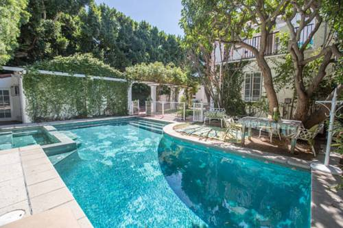 Beverly Hills Celebrity Home Cover Picture
