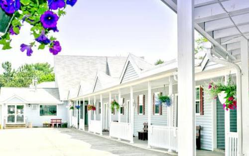 Pleasant Mountain Inn Cover Picture