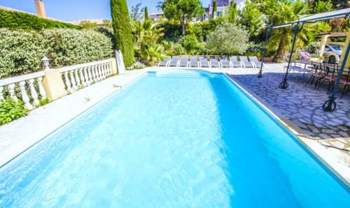 Grande Villa Récente à Sainte Maxime - Golfe de Saint Tropez Cover Picture