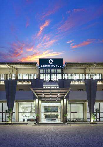 Lemo Hotel Serpong Cover Picture