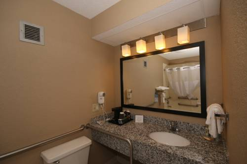 Quality Inn Clinton Cover Picture