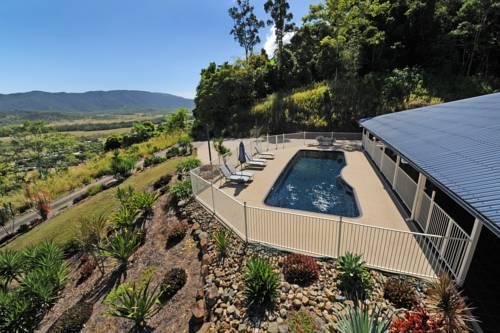 Kookaburra Lodge Whitsundays Cover Picture