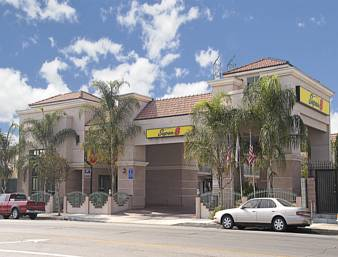 Super 8 North Hollywood Cover Picture