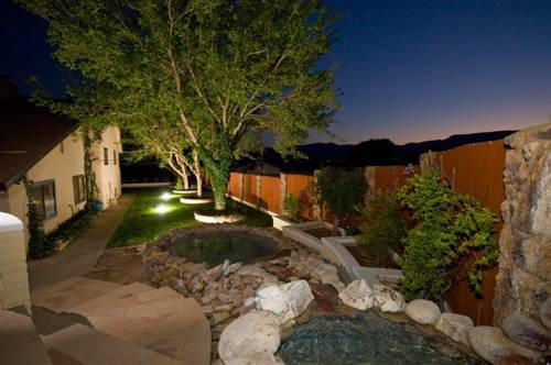 Desert Rose Bed and Breakfast Cover Picture