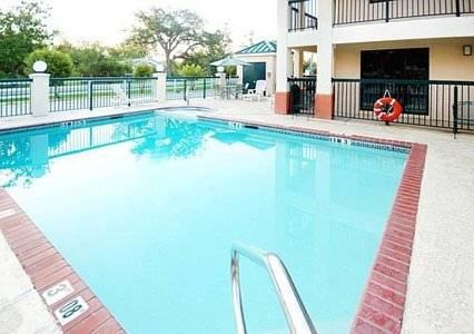 Magnuson Hotel Ocean Springs Cover Picture