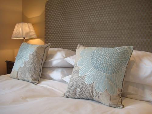 Pinfield Hotel (Boutique Bed & Breakfast) Cover Picture