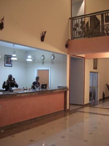 Axari Hotel Cover Picture