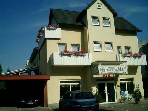 Hotel Goldenes M Cover Picture