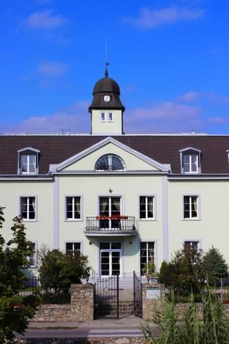 Hotel AGATKA Bratislava Cover Picture