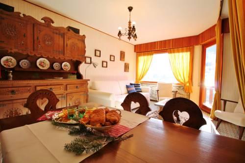 Casa Minetta Cover Picture