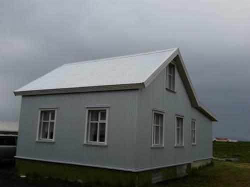 Traðarkot Cover Picture
