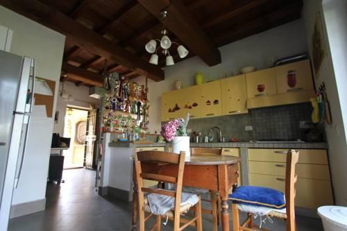 Di Sutri Guest House Cover Picture