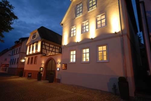 Bella Riva Hotel Cover Picture