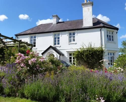 Bulleigh Barton Manor Cover Picture