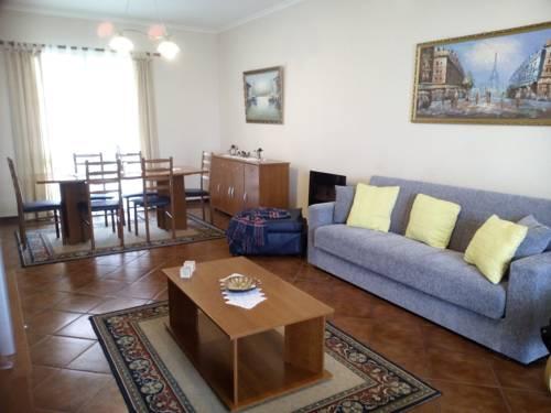 Villa Sara Cover Picture