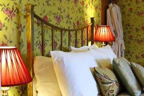 Victoria House Cover Picture
