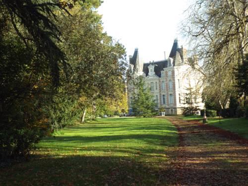 Chateau de l'Oseraie Cover Picture