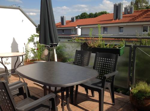 Studio With private Roof Terrace Cover Picture