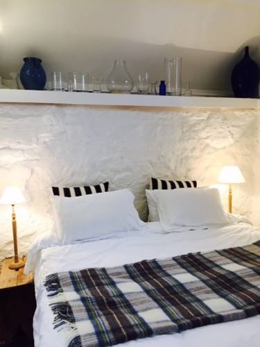The Cowshed Bed And Breakfast Cover Picture
