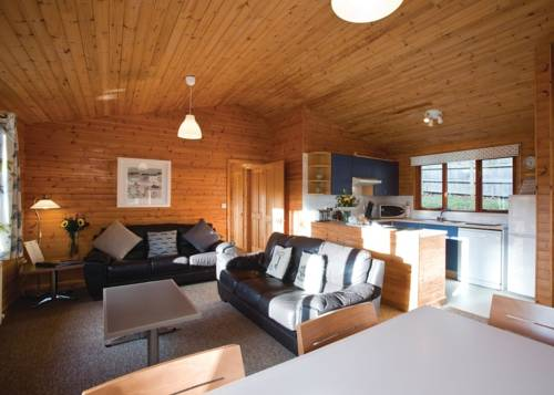 Ivyleaf Combe Lodges Cover Picture