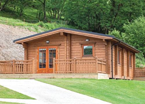 Kingsford Farm Lodges Cover Picture