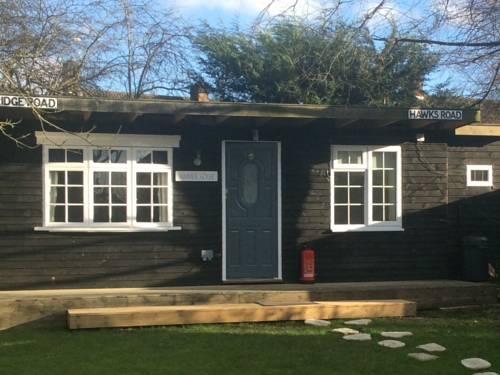 Cosy Lodge, Chessington Cover Picture
