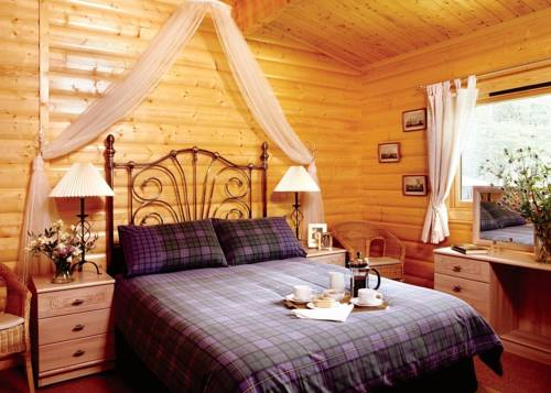 Kenwick Wood Lodges Cover Picture