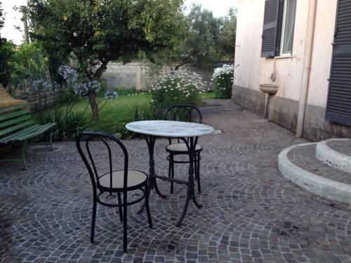 Villa Pierina Cover Picture