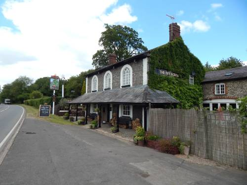 The Ivy House Cover Picture