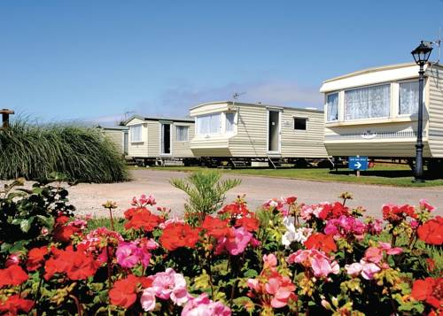 Surf Bay Holiday Park Cover Picture
