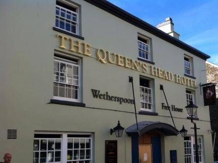 The Queen's Head Cover Picture