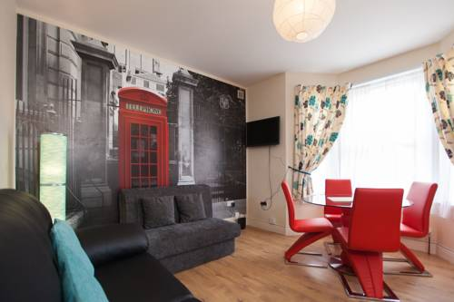 One bedroom flat in Harrow 62D Cover Picture