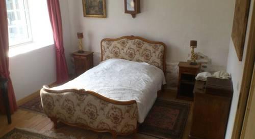 Château de Vignelles Cover Picture