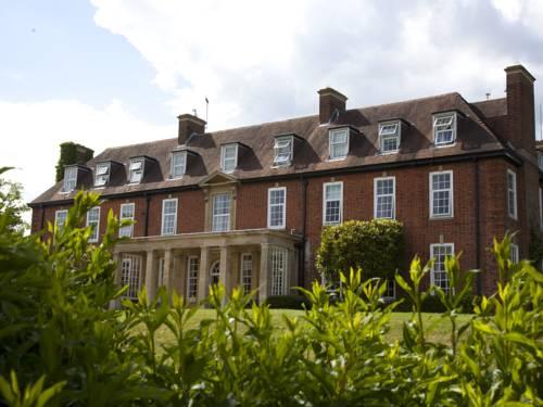 Catthorpe Manor Estate Cover Picture