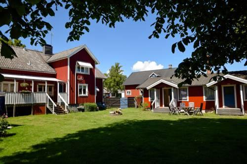Alvaret Hotel & Hostel Cover Picture