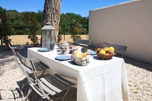Cottage Provençal à Aix en Provence Cover Picture