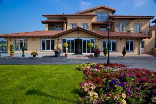 Villa Carolina Resort Cover Picture