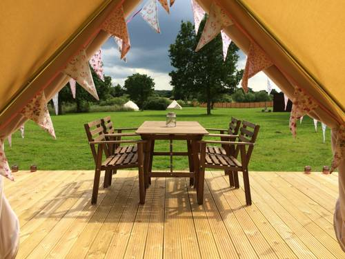 Longberry Farm Glamping Cover Picture