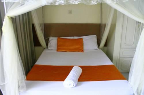 Hotel Dorse Cover Picture