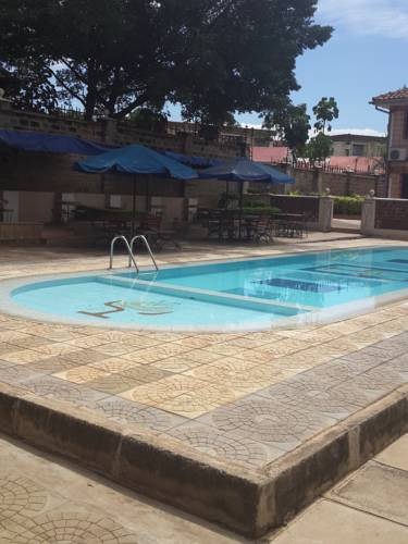 Le Savanna Country Lodge and Hotel Cover Picture