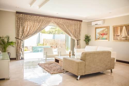 Villa Moshay Cover Picture