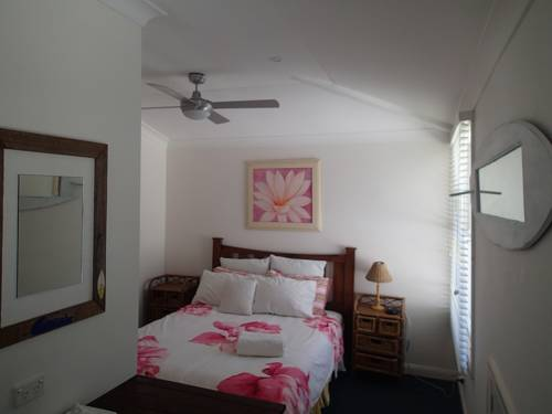 Whale Beach Bed and Breakfast Cover Picture