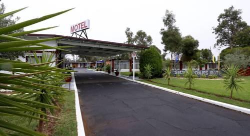 Silver Oaks Motel Cover Picture