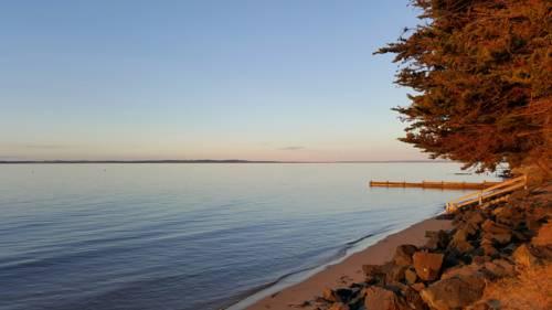 McLardy Island Retreat Cover Picture