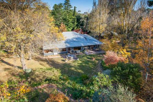 Braeside Mount Macedon Country Retreat Bed and Breakfast Cover Picture