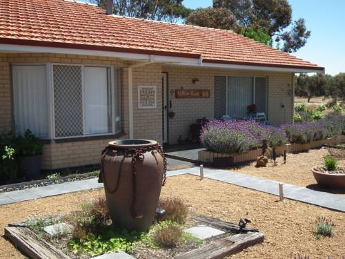 Yellow Gum Bed and Breakfast Cover Picture