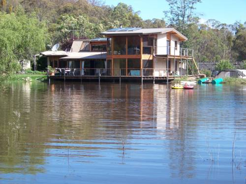 Lakeside Lodge Armidale Cover Picture