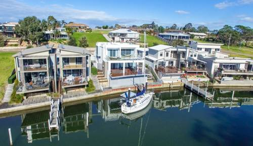Gippsland Lakehouse Cover Picture