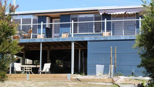 14 Pars Rd Beach House Cover Picture
