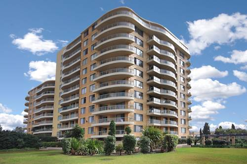 Resort Living at Rockdale Plaza Cover Picture